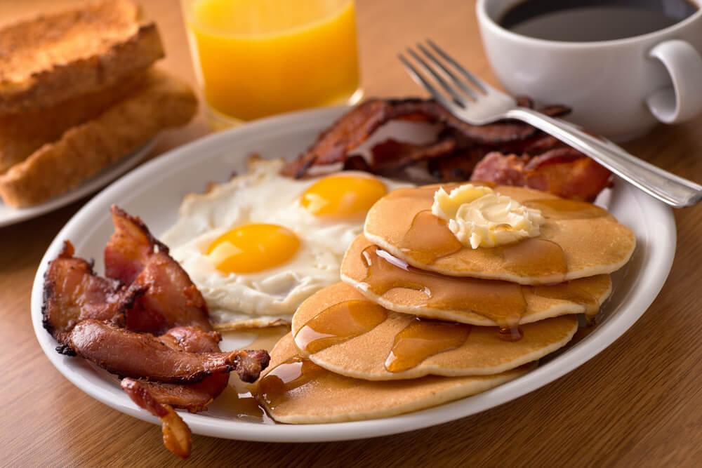 ESTADOS UNIDOS - Café da manhã